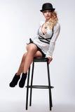 красивейшая женщина стула стоковое фото rf