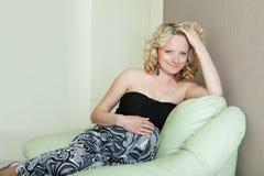 красивейшая женщина супоросая стоковые изображения rf