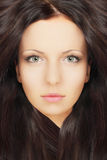 Красивейшая женщина с здоровыми волосами Стоковая Фотография RF