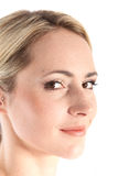 Красивейшая женщина с нежной усмешкой Стоковая Фотография