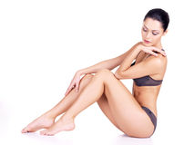 Красивейшая женщина с совершенным тонкий телом стоковое изображение
