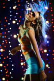 красивейшая женщина танцы стоковые фотографии rf