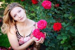 красивейшая женщина цветка Стоковое Фото