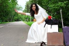 красивейшая заминка похода невесты Стоковые Фотографии RF