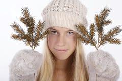 красивейшая зима девушки одежд Стоковое Изображение