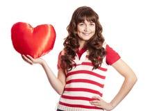 красивейшая игрушка сердца девушки брюнет Стоковое Изображение