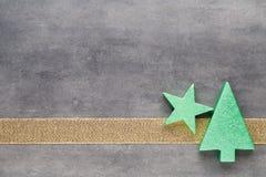 красивейшая иллюстрация рождества играет главные роли вектор Картина рождества Предпосылка на сером цвете Стоковая Фотография