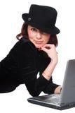 красивейшая компьтер-книжка девушки Стоковое фото RF