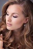 красивейшая модель волос стильная Стоковое Фото