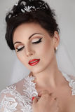 Красивейшая молодая невеста в венчании Стоковое Фото