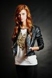 Красивейшая модель стиля причёсок способа Стоковое Фото