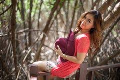 Красивейшая молодая азиатская женщина стоковое изображение rf