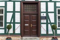 красивейшая дом фронта двери стоковая фотография rf