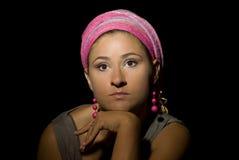 красивейшая розовая женщина тюрбана стоковые изображения rf
