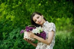 красивейшая сирень девушки Стоковые Фотографии RF