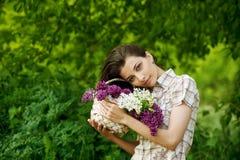 красивейшая сирень девушки Стоковое Изображение