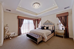 Красивейшая сюита спальни Старого Мира Стоковые Изображения
