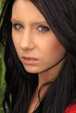 красивейшая темная с волосами женщина стоковое изображение rf