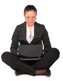 красивейшая тетрадь девушки сидит Стоковые Фотографии RF