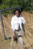 красивейшая травы 13 женщина outdoors высокорослая Стоковая Фотография