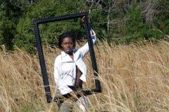 красивейшая травы 15 женщина outdoors высокорослая Стоковые Изображения RF