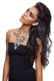 красивейшая черная женщина курчавых волос длинняя Стоковые Изображения RF