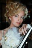 Красивейшая шикарная девушка в изображении венчания Стоковая Фотография RF