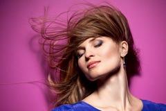 Красивейшая long-haired девушка стоковое изображение