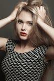 красивейшее белокурое сексуальное состав Хрупкие и длинные волосы Стоковые Изображения RF