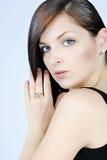 Красивейшее брюнет девушки с длинними волосами Стоковая Фотография