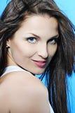 Красивейшее брюнет девушки с длинними волосами Стоковое Фото
