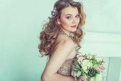 красивейшее венчание платья невесты Стоковое фото RF