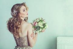 красивейшее венчание платья невесты Стоковые Изображения