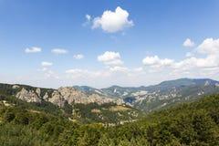 красивейшее голубое небо гор ландшафта Стоковое Фото