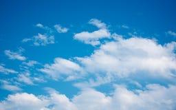 красивейшее голубое небо Стоковые Изображения