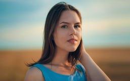 красивейшее лето девушки Стоковые Фото