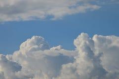 красивейшее лето облаков стоковая фотография rf