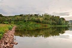 Отражение бульвара на озере Стоковые Фото