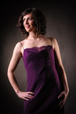красивейшее платье брюнет длиной Стоковые Изображения