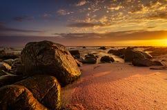 Красивейшее драматическое светлое место пляжа Стоковые Фото