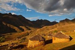 красивейшее светлое село долины Стоковые Изображения