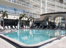 красивейше заплывание бассеина гостиницы очень Стоковые Изображения RF