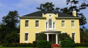красивейше landscaped дом Стоковое Фото
