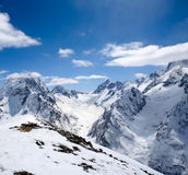 красивейшие горы caucasus высокие Стоковые Фото