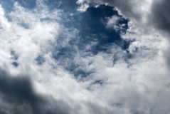 Голубое небо и белые облака Стоковая Фотография