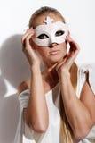 красивейшие детеныши женщины маски масленицы Стоковая Фотография