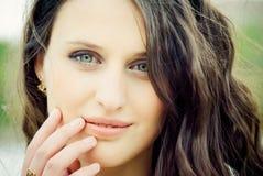 красивейшие детеныши женщины портрета Стоковые Фото