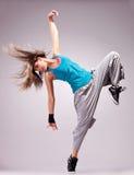 красивейшие детеныши женщины представления танцульки Стоковая Фотография RF