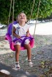 красивейшие детеныши качания девушки Стоковая Фотография RF