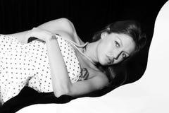 красивейшие детеныши женщины портрета Стоковая Фотография